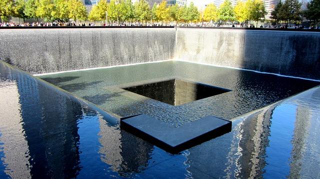 world-trade-center-memorial-271356_640
